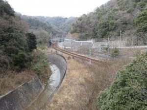 ダムに沈んだ線路(神戸電鉄)